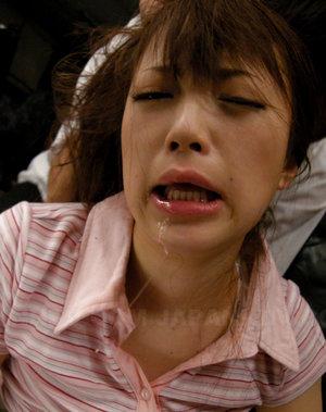 Nasty slut Nazuna Otoi loves to taste sperm