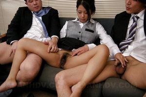 Satomi Suzuki really likes cum on her outfit