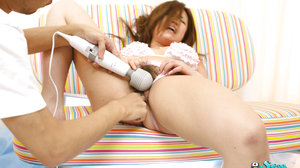 Cameraman playing with Momose hairy hole