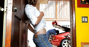 Watch hot amateur babe masterbate while her car gets fixed then get fucked by the mechanic in these hot fucking pics